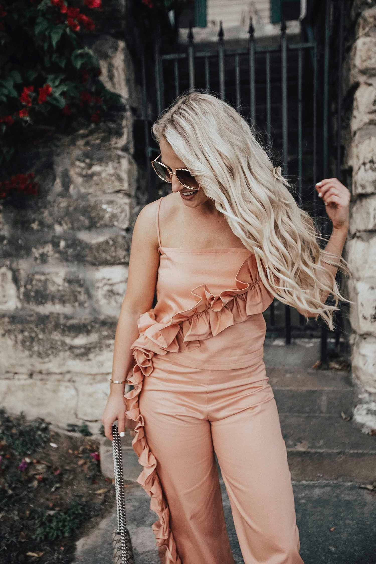 ruffle outfit